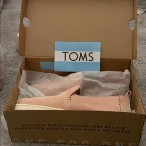 NWT Pink Toms loafers